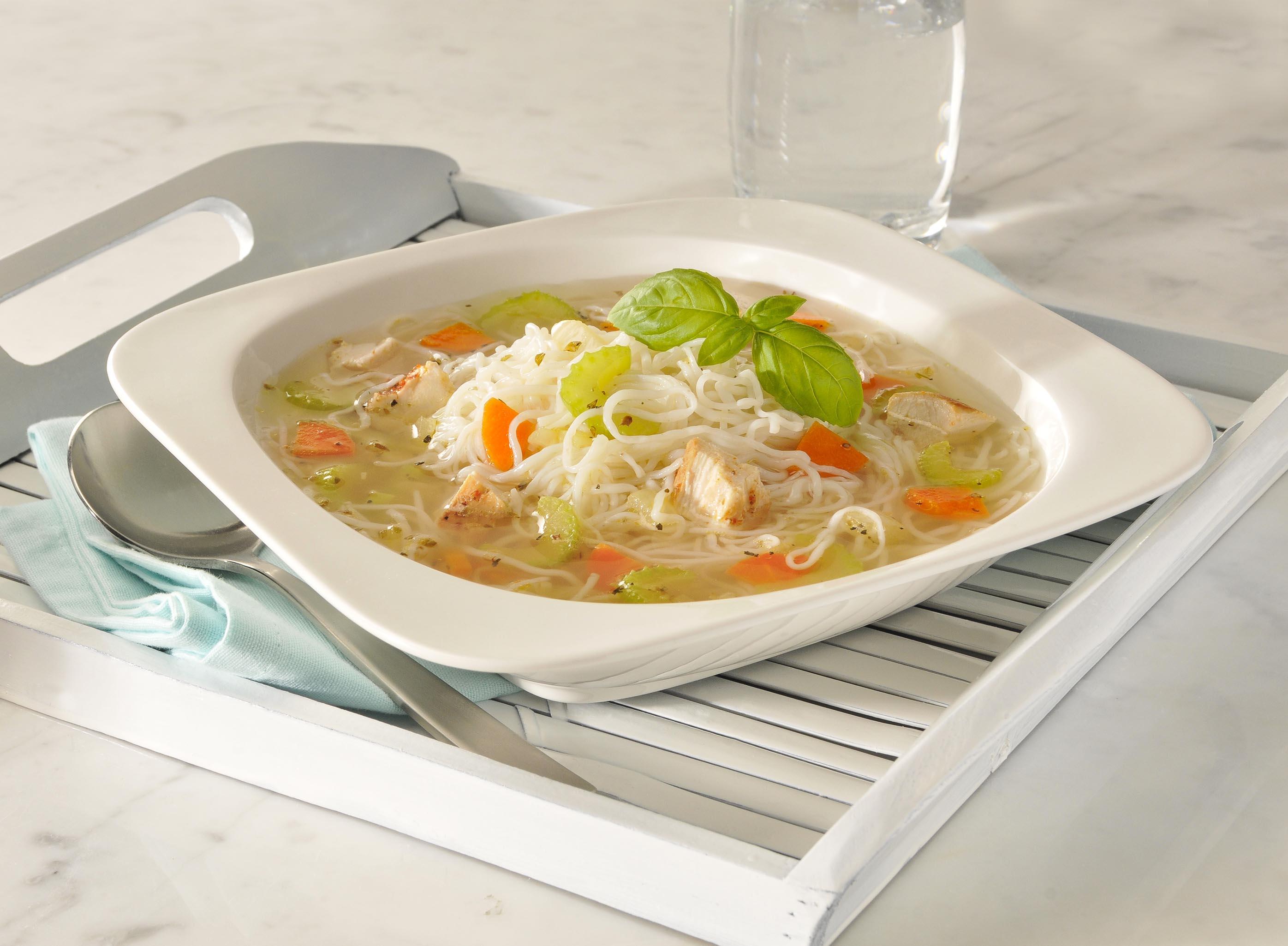 chicken-noodle-soup-recipe-nupasta-low-calorie-pasta