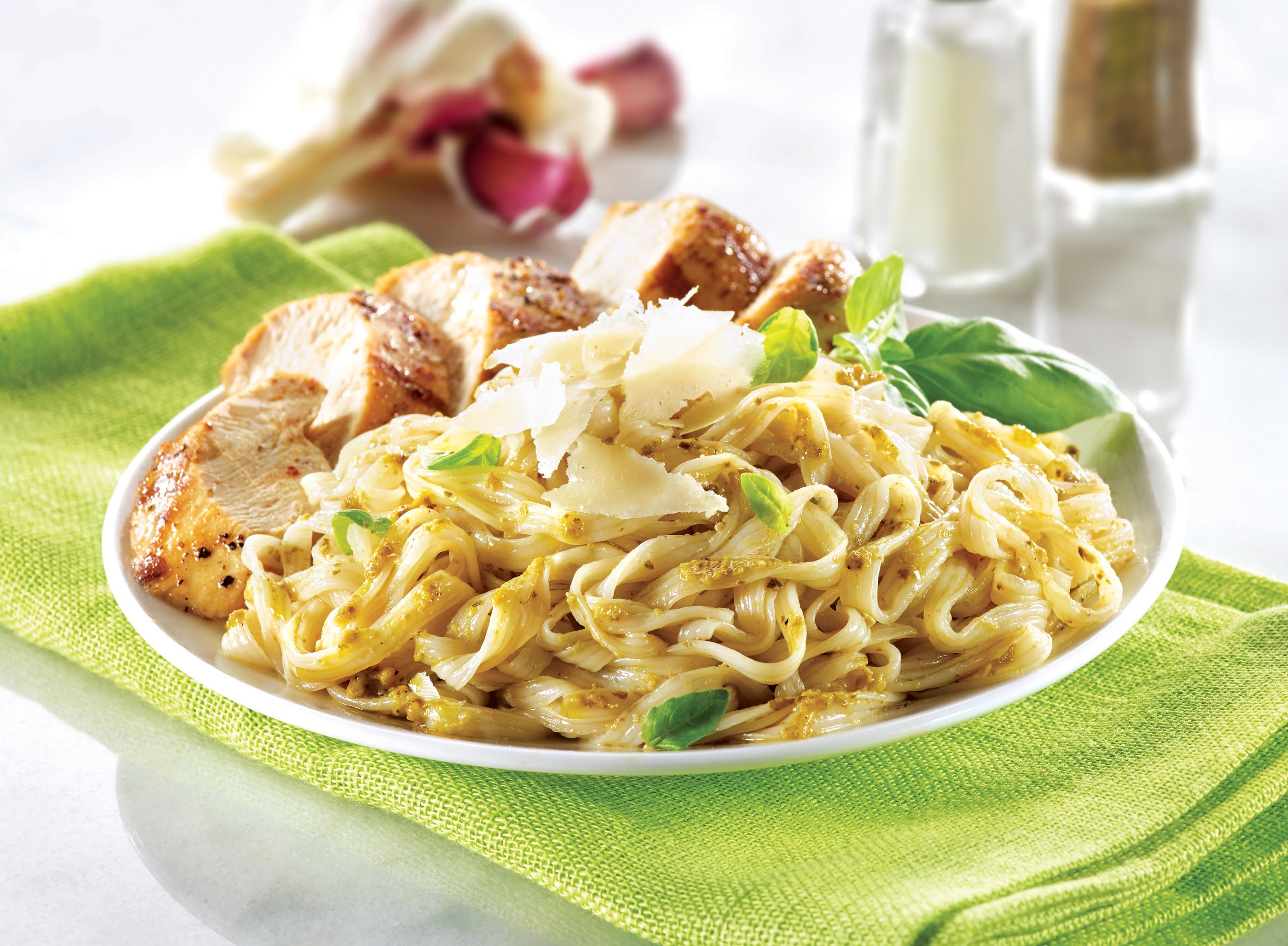 chicken-pesto-recipe-nupasta-low-calorie-pasta